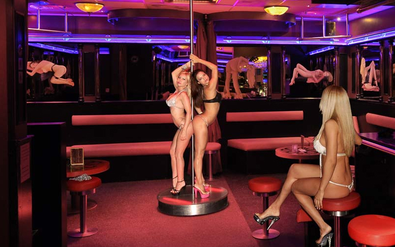 porno-teatri-v-gollandii